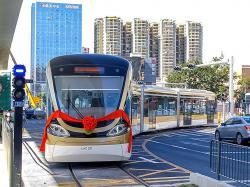 У Китаї запустили перший у світі безпілотний трамвай