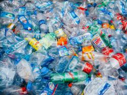 Роботи позбавлять світ від тонн пластикових відходів